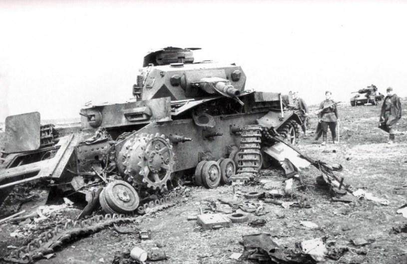 Підбитий німецький танк