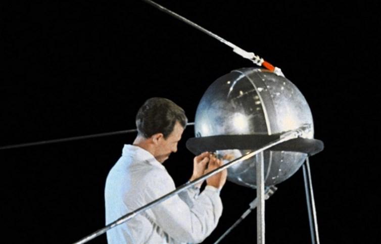 Створення космічного апарату
